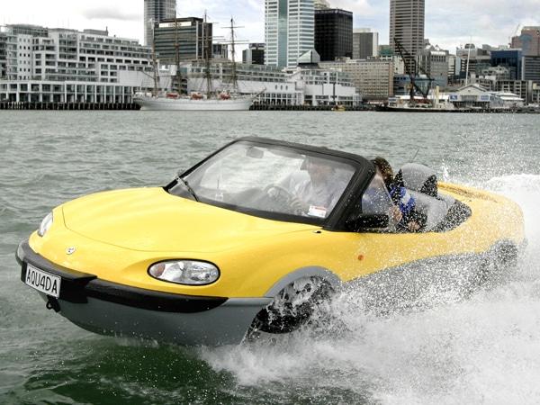 amphibious cars 02 0812 de